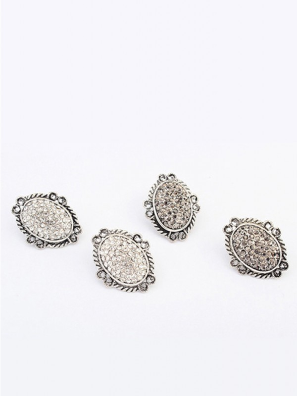 West Exotic Retro Oval Stud Mode orhangen